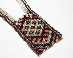 colier-etno-margele-tesute-manual