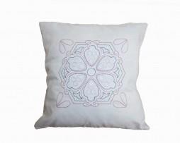 perna-etno-brodata-floare